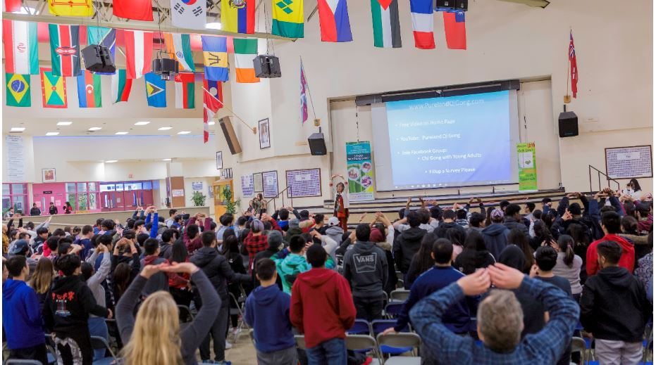 Toronto High School Opens to Qi Gong